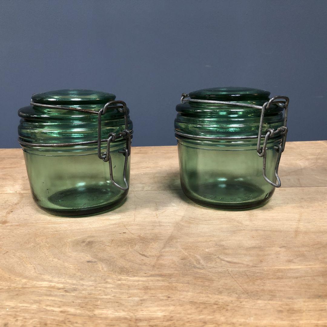Set groene glazen weckpotten uit Frankrijk