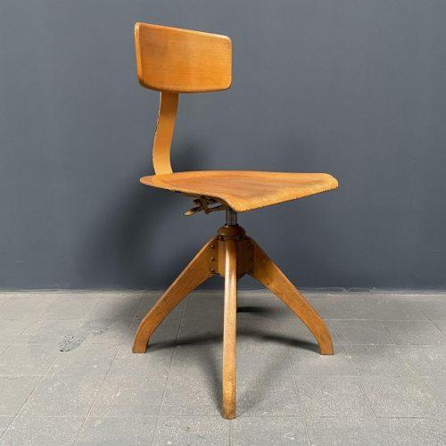 Ama Elastik atelier stoel model 350