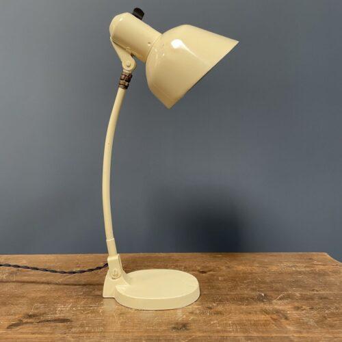 Crème kleurige SiS bureaulamp
