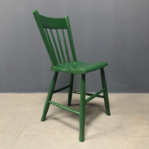 Donkergroene oirschotse stoelen