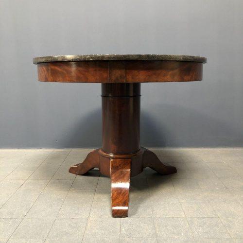 Ronde Biedermeier tafel met marmeren blad