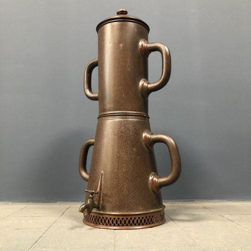 Grote antieke koffie percolator