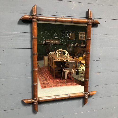 Grote Faux Bamboo spiegel met donkerbruine lijst