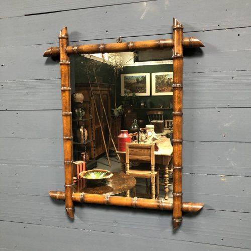 Grote Faux Bamboo spiegel met bruine lijst