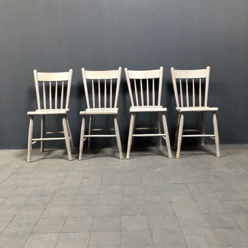 Set van vier grijze Hollandse Oirschotse stoelen