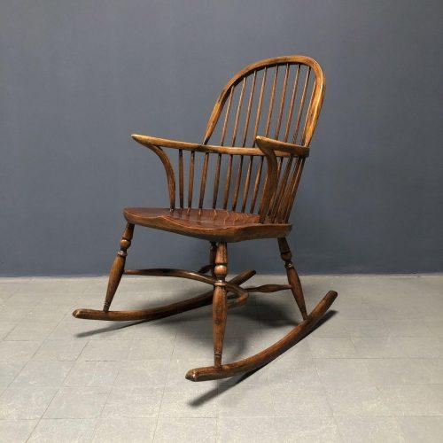 Schitterende Engelse Windsor schommelstoel