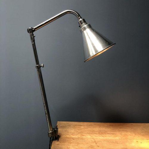 Franse Ki-E-Klair klemlamp
