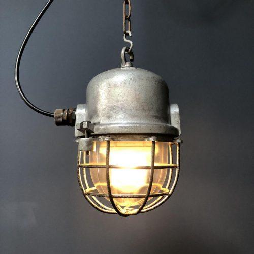 Industriële aluminium kooilamp met stalen kooi