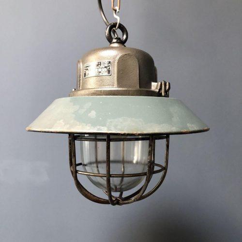 Gietijzeren kooilamp met emaille kap