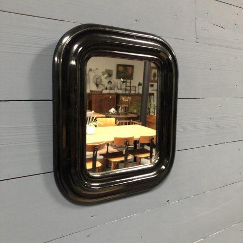 Zwart biedermeier spiegeltje