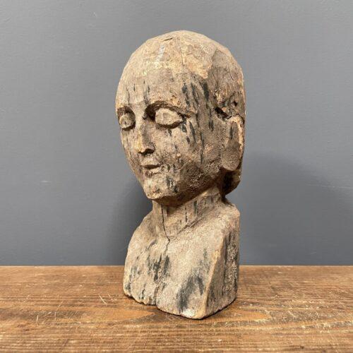 Klein vrouwelijke houten buste