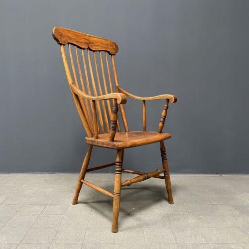 Zweedse iepenhouten stoel met hoge rug