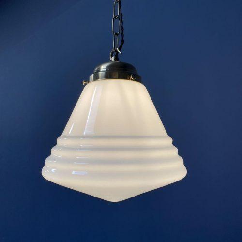 Middelgrote opaline glazen hanglamp van Philips